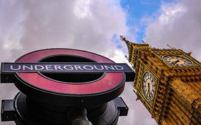 Guia prático para utilizar o serviço de metrô em Londres